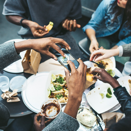 THE RESTAURANT BIZ: 3 FOOD & DRINK TRENDS TO FINISH 2019 STRONG